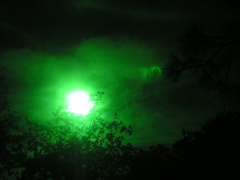 eclips.jpg