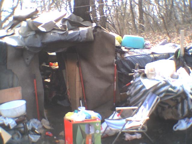 Homeless_tent.jpg
